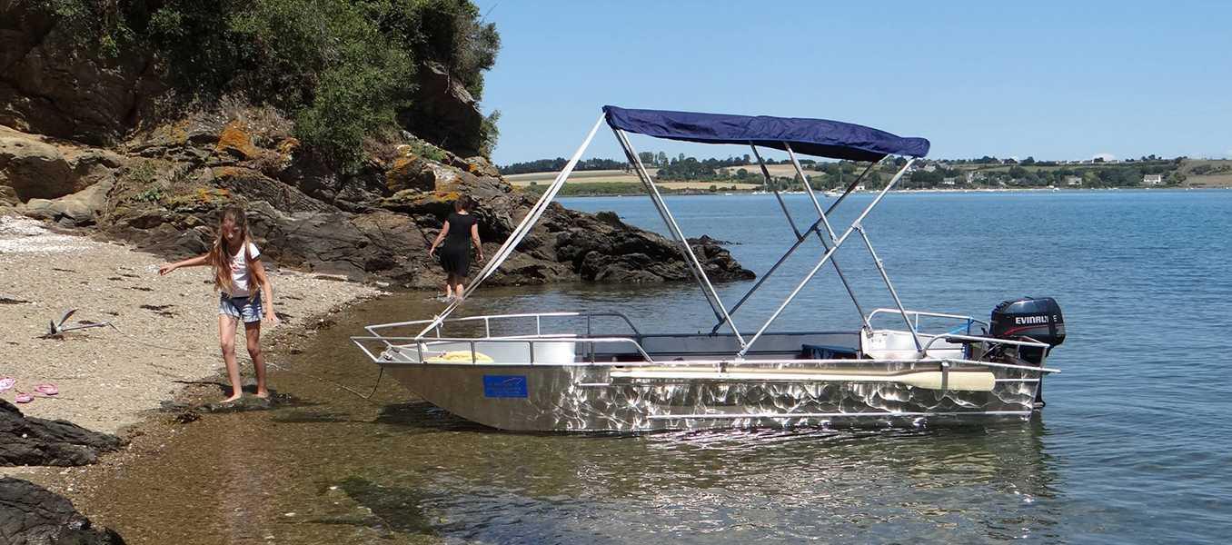 Barco-de-pesca-ligeira